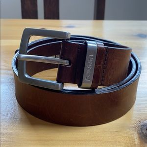 Fossil men's distressed wide leather belt 38 95